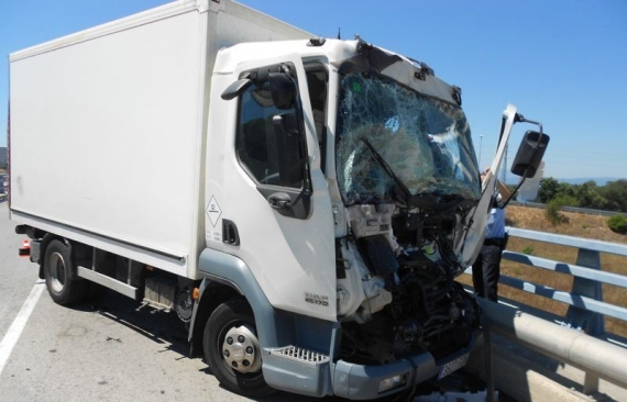 Accident entre dos camions a Llagostera